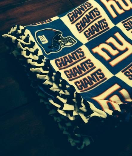 Ny Giants Braided Fleece Blanket