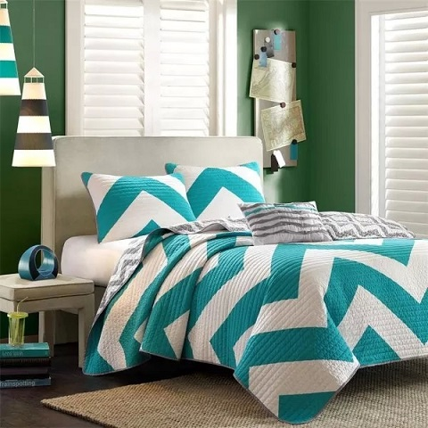 Fresh and Youthful Turquoise Bedding Sets